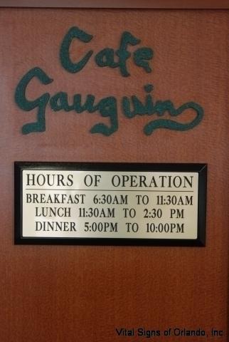 cafe-gaugin-green-close