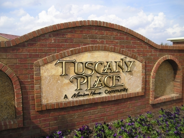 tuscany-place-ext-entry-close